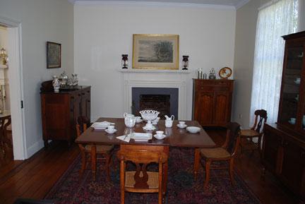 Keller dining room