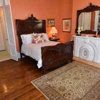 The Tulip Poplar Suite - Main Level - 1 Full Sized Bed - Private Bathroom