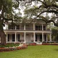 Front Exterior View of Brandon Hall Plantation Bed and Breakfast