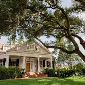 The Burn - a Natchez, MS Bed and Breakfast