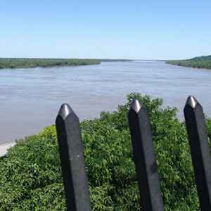 A closeup view of the river from the trail.