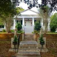 Front View of Collina Plantation