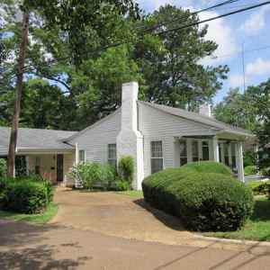 Bed and Breakfast near the Natchez Trace Parkway in Kosciusko, MS