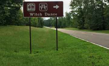 The Witch Dance site has a picnic area, horse trail access and restrooms.