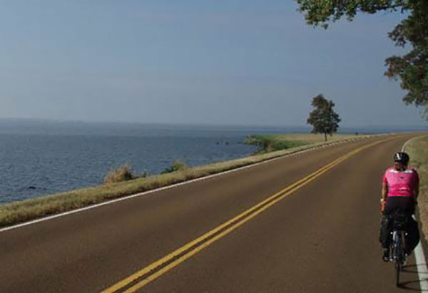 Bicycling the Natchez Trace Parkway - NatchezTraceTravel com