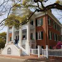 Another view of Choctaw Hall B&B located in Natchez, Mississippi.