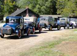 Antique car enthusiasts from Texas stop for lunch at the cafe in French Camp.